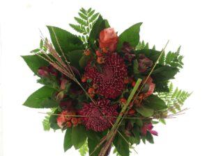 Deco crys, Roser og Hypericum sommerbuket